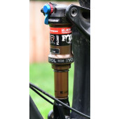 Fox Float Trek Thru Shaft Shox